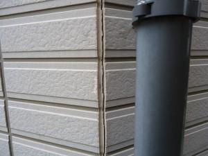 サイディングは平成12年4月から外壁通気工法が義務化されています。