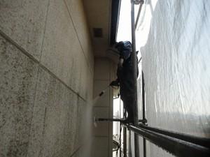 高圧で出た水で汚れを外壁の汚れをしっかり落としていくことが「高圧水洗浄」です。