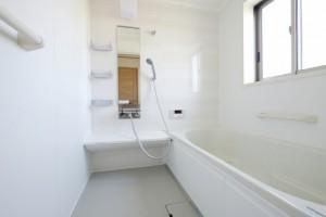 お風呂のリニューアルは、 寒い冬が来る前の春から秋がおすすめです。